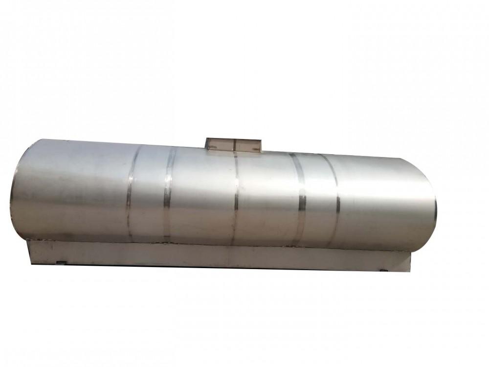 15吨六仓保温运输罐